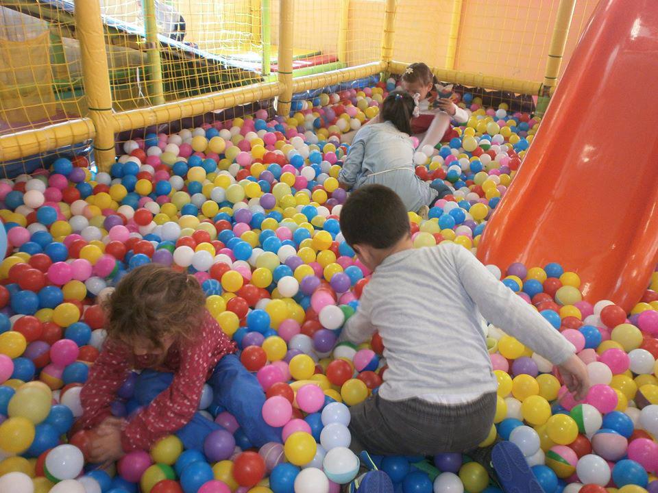 Почасов престой за деца в детски клуб Ян Бибиян