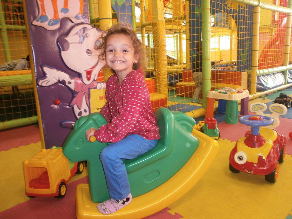Свободна игра в детски клуб Ян Бибиян